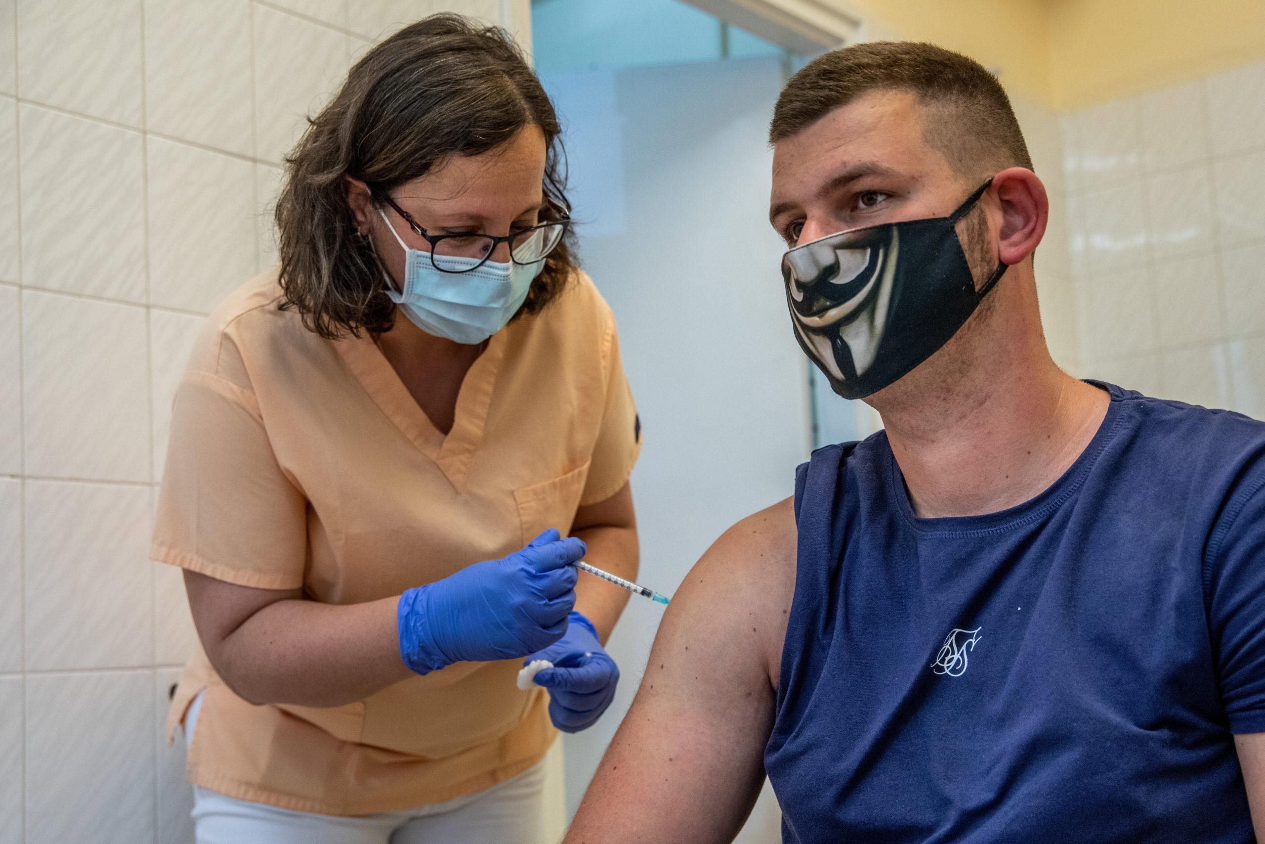 Koronavírus - Oltás Békéscsabán