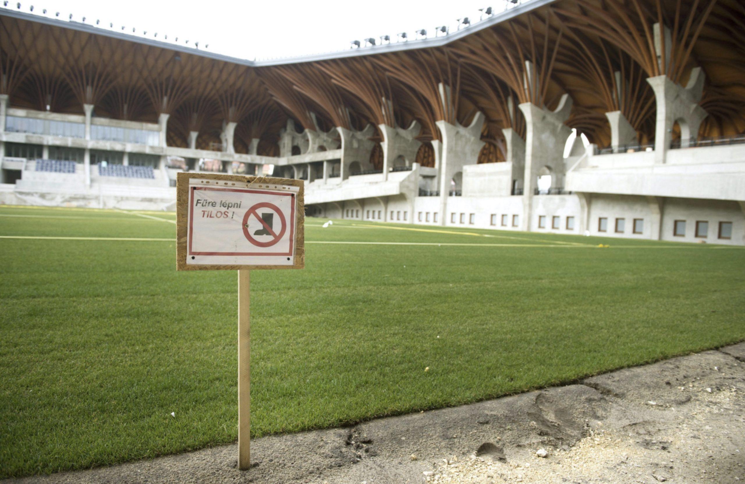 Stadion MTI